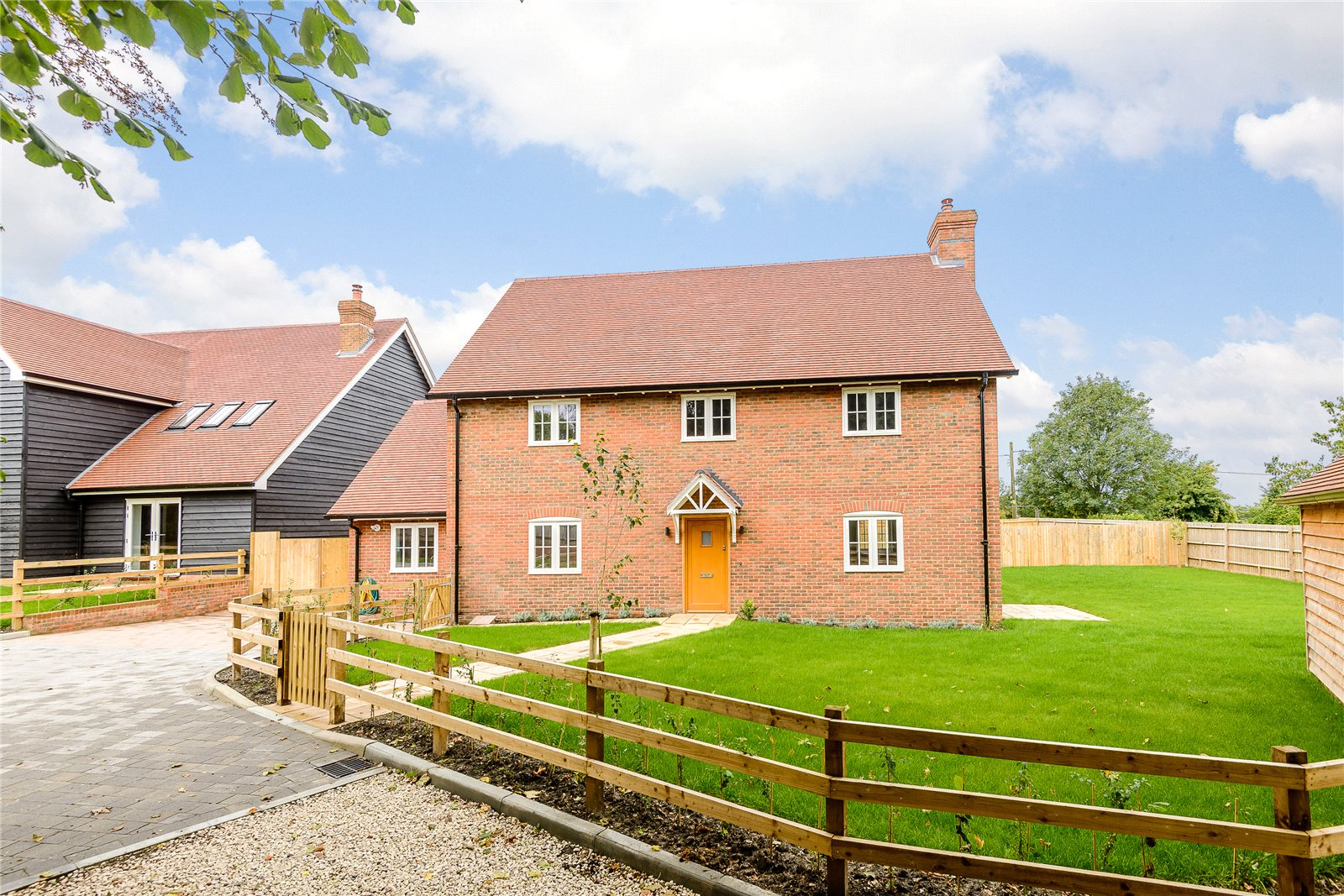 Single Family Home for Sale at Manor Farm, Woodhill Lane, Hook, Hampshire, RG29 Hook, England