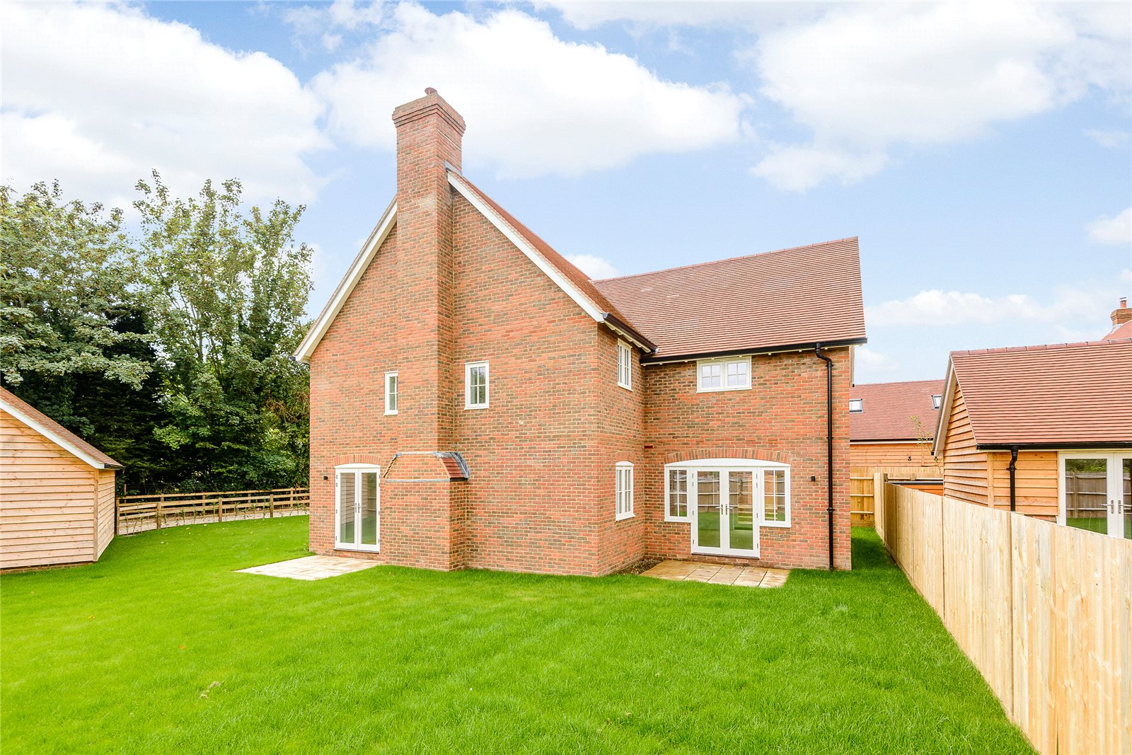 Additional photo for property listing at Manor Farm, Woodhill Lane, Hook, Hampshire, RG29 Hook, Inglaterra