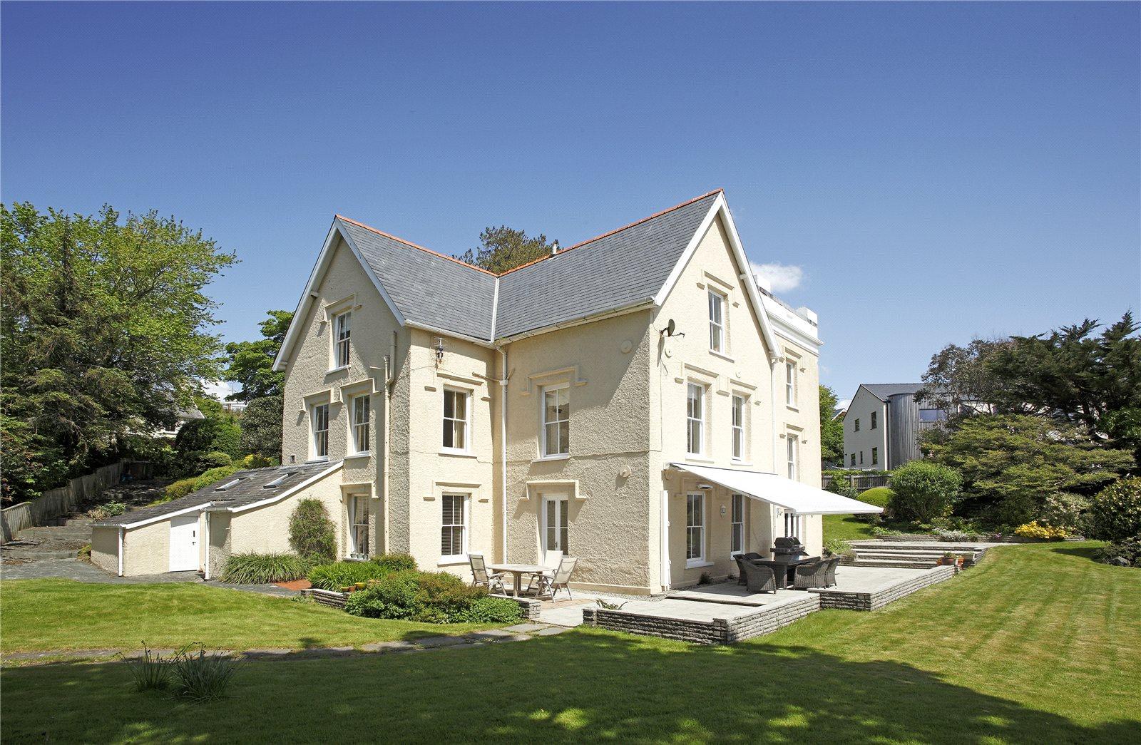 Single Family Home for Sale at Aberdovey, Gwynedd, LL35 Gwynedd, Wales