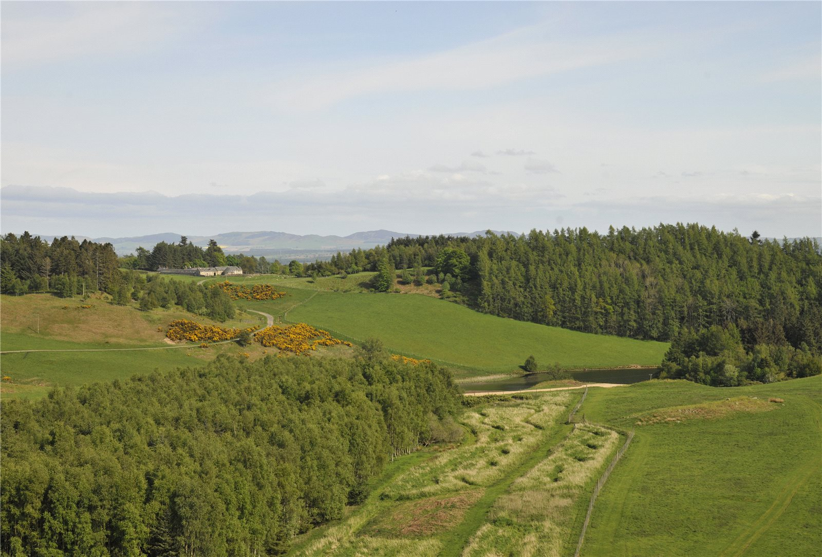 Additional photo for property listing at Dunkeld, Perthshire, PH8 Perthshire, Scotland