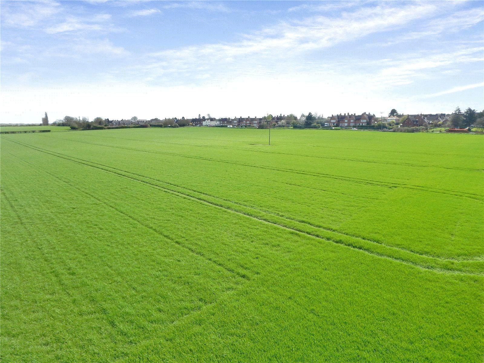Additional photo for property listing at West Lane, Pirton, Hitchin, Hertfordshire, SG5 Hitchin, Англия