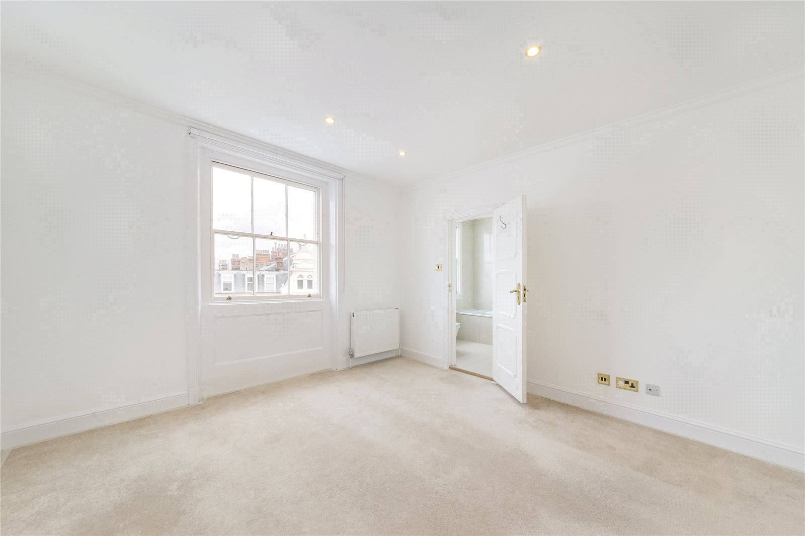 Additional photo for property listing at Cornwall Gardens, London, SW7 London, Англия