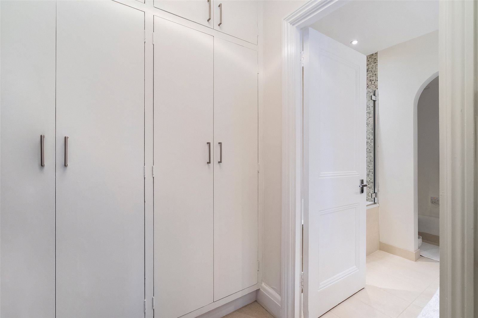 Additional photo for property listing at Malvern Court, Onslow Square, London, SW7 London, 英格兰