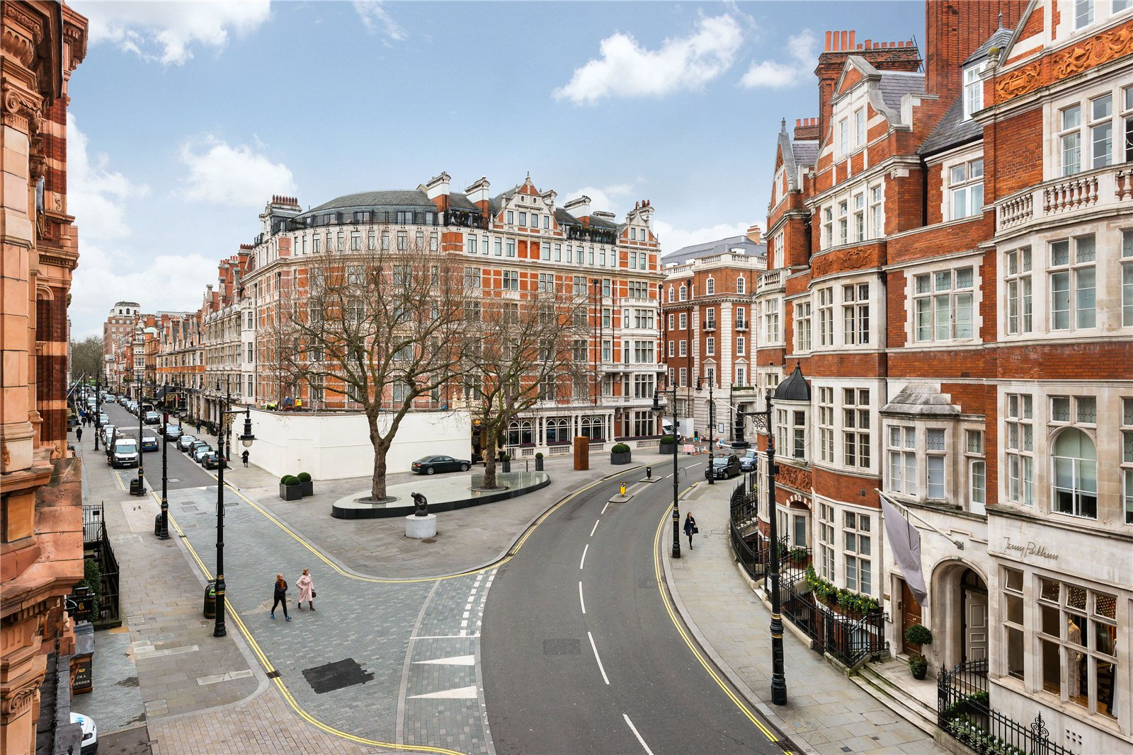 Additional photo for property listing at Mount Street, London, W1K London, Engeland