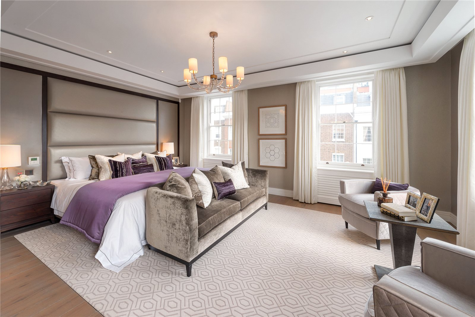 Additional photo for property listing at Montpelier Street, London, SW7 London, Ingiltere