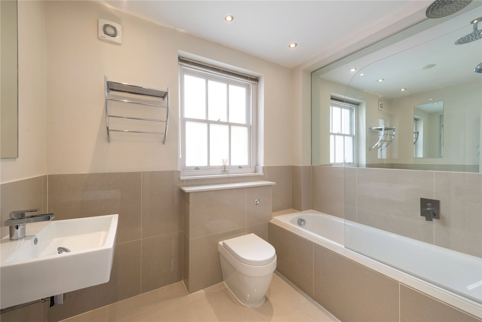 Additional photo for property listing at Eaton Mews West, London, SW1W London, Anh Quốc