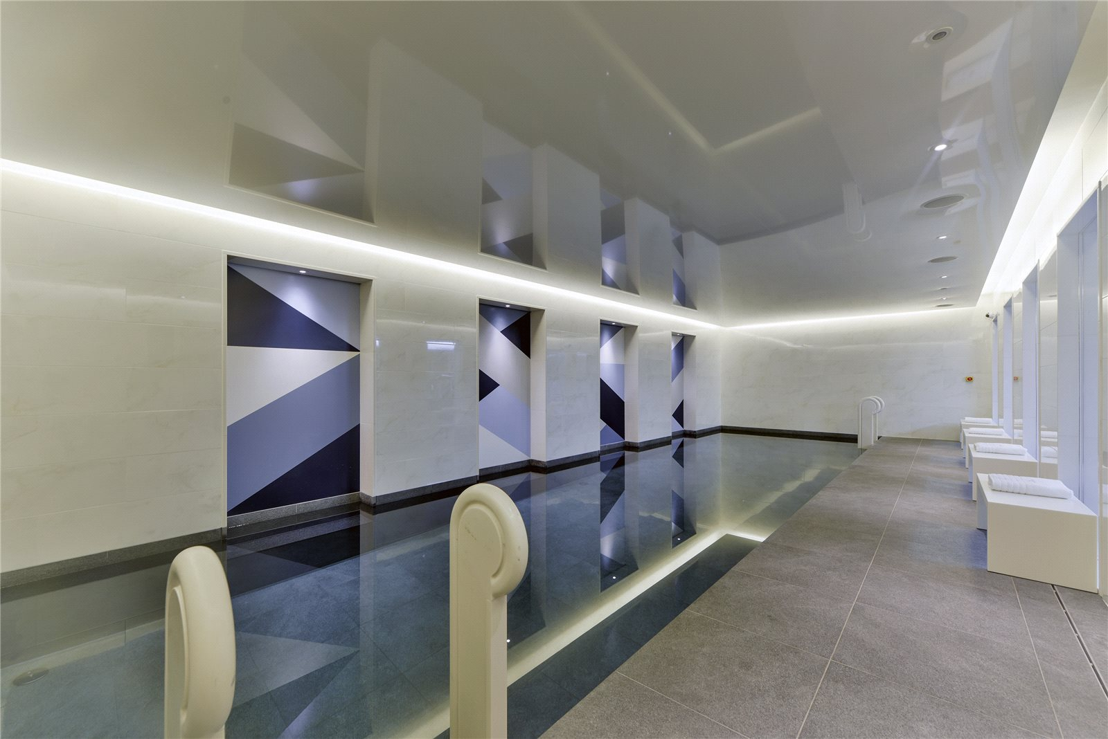 Additional photo for property listing at Chelsea Manor Street, London, SW3 London, 英格蘭