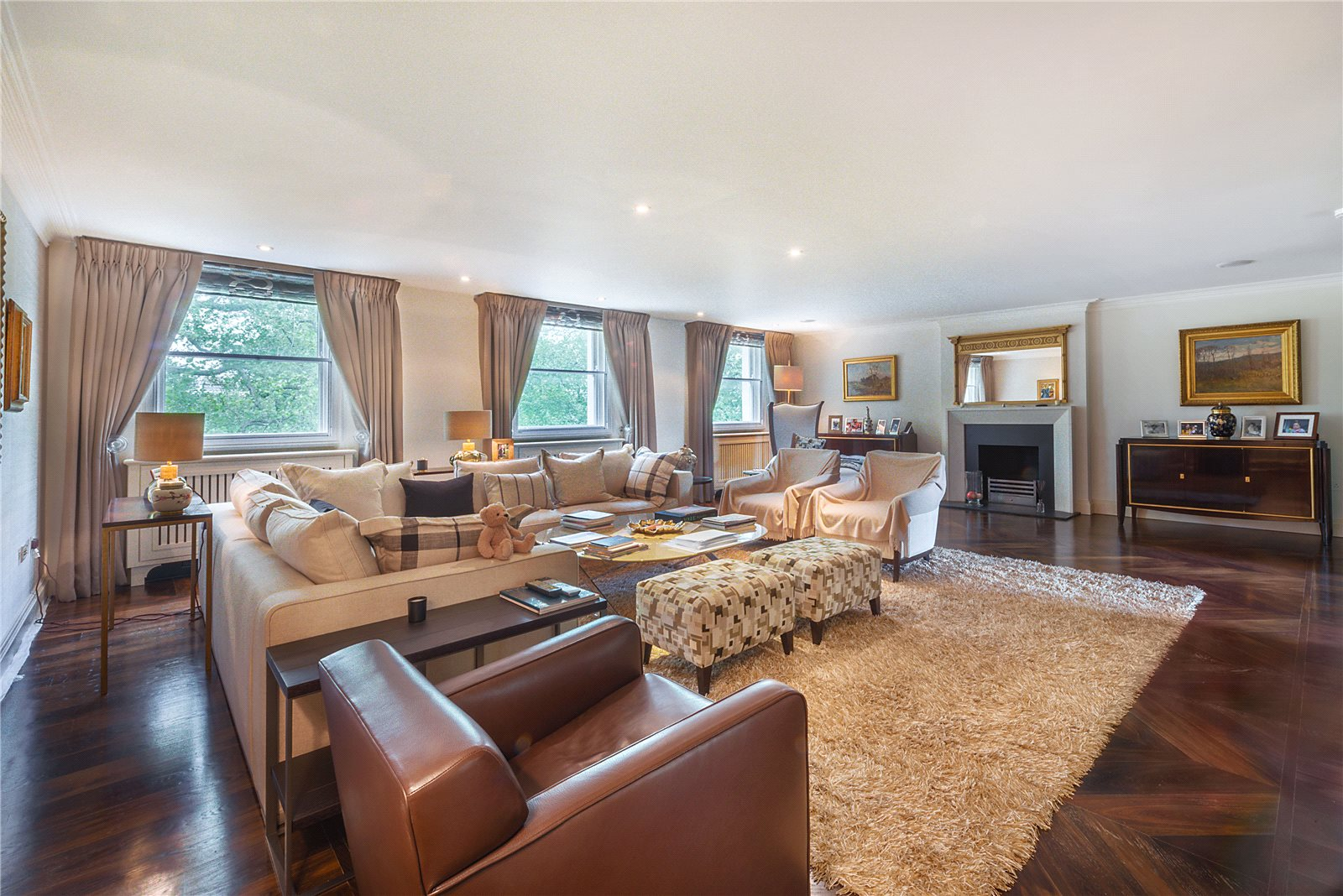 Apartamentos para Venda às Eaton Square, London, SW1W London, Inglaterra