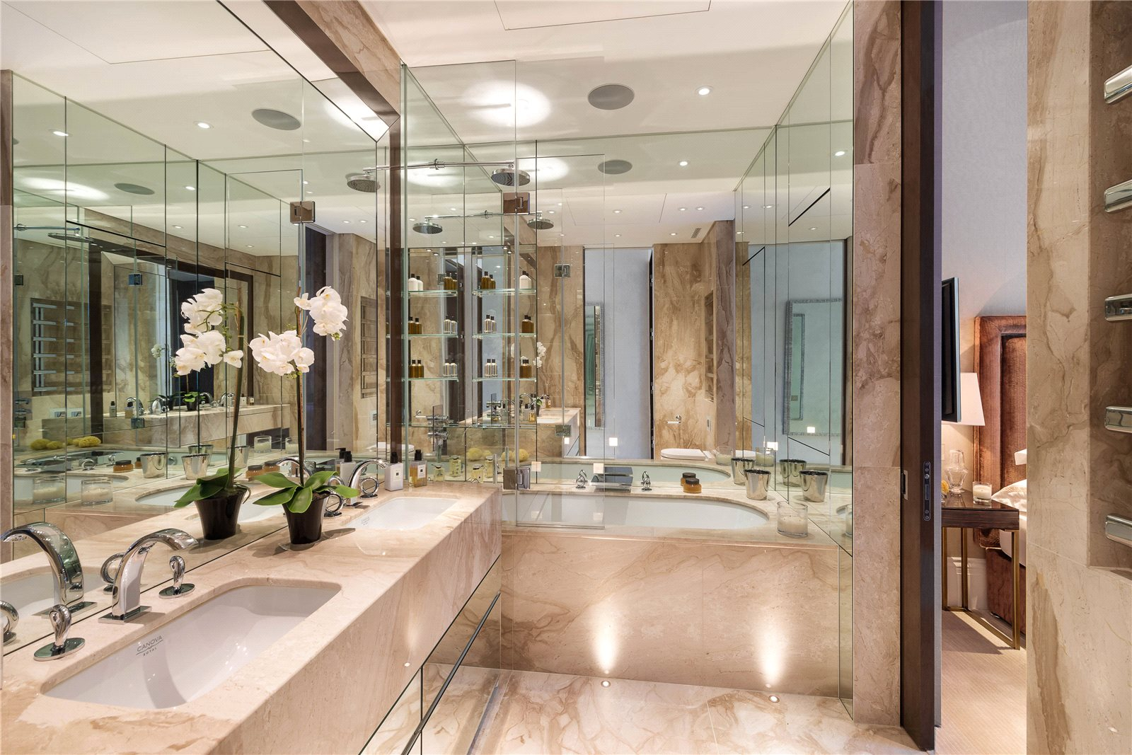 Additional photo for property listing at Rutland Gardens, London, SW7 London, Anh Quốc