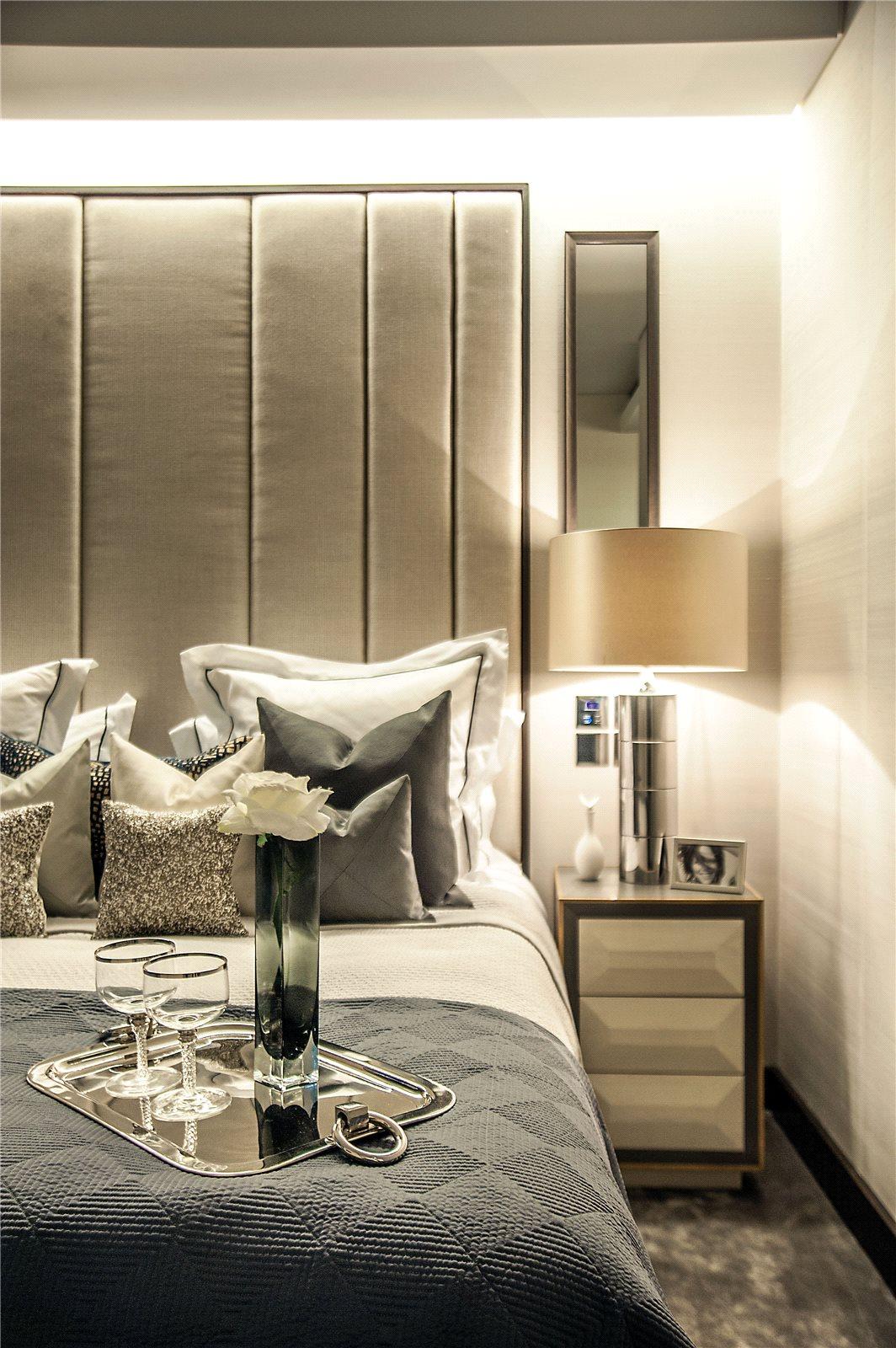 One Hyde Park, Knightsbridge, London, SW1X: a luxury home ...