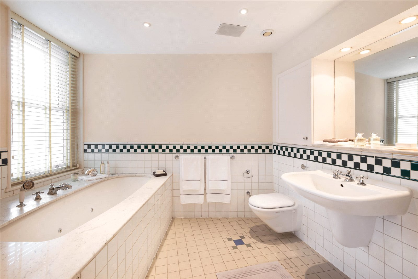 Additional photo for property listing at Empire House, Thurloe Place, London, SW7 London, Anh Quốc
