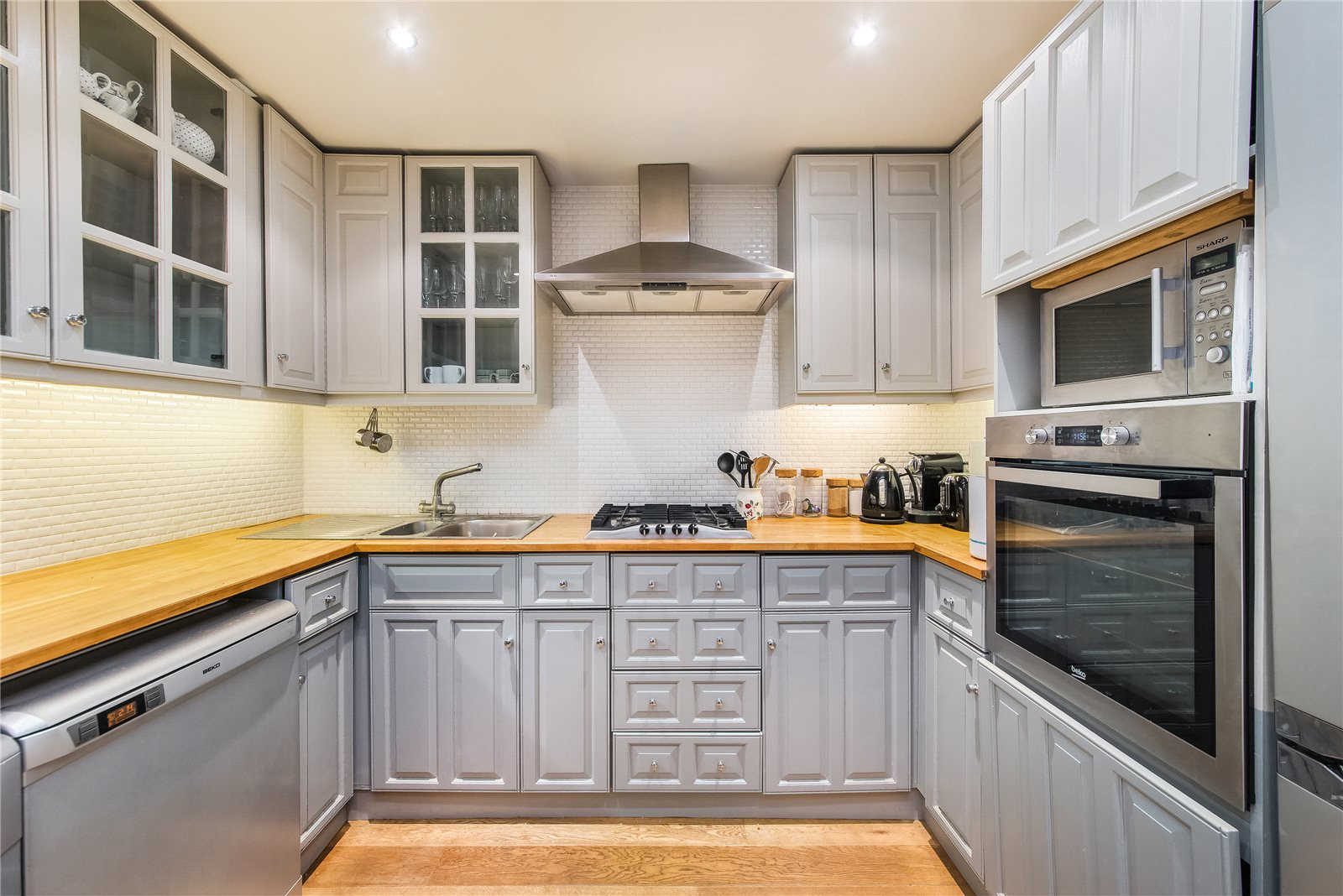 Additional photo for property listing at Earl's Court Square, London, SW5 London, Anh Quốc