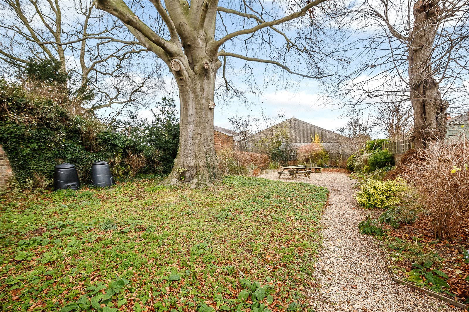 Additional photo for property listing at Gonnerston, Mount Pleasant, St. Albans, Hertfordshire, AL3 St Albans, Inglaterra