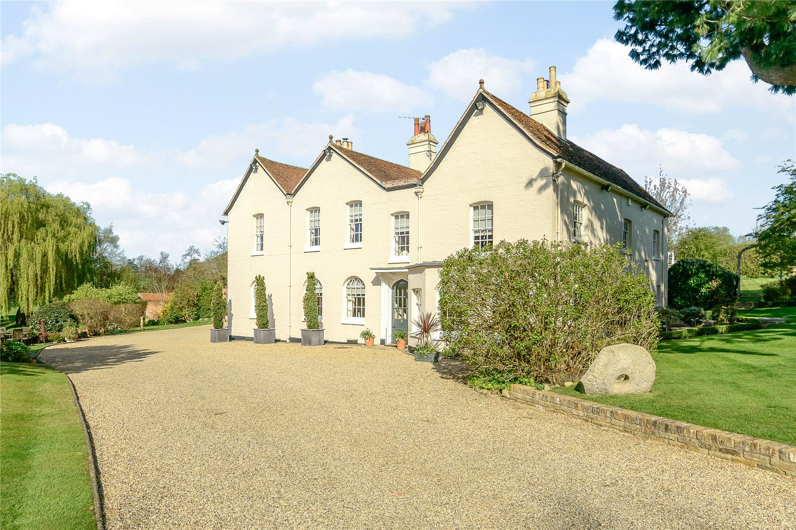 Additional photo for property listing at Hunsdon Pound, Stanstead Abbotts, Ware, Hertfordshire, SG12 Ware, England