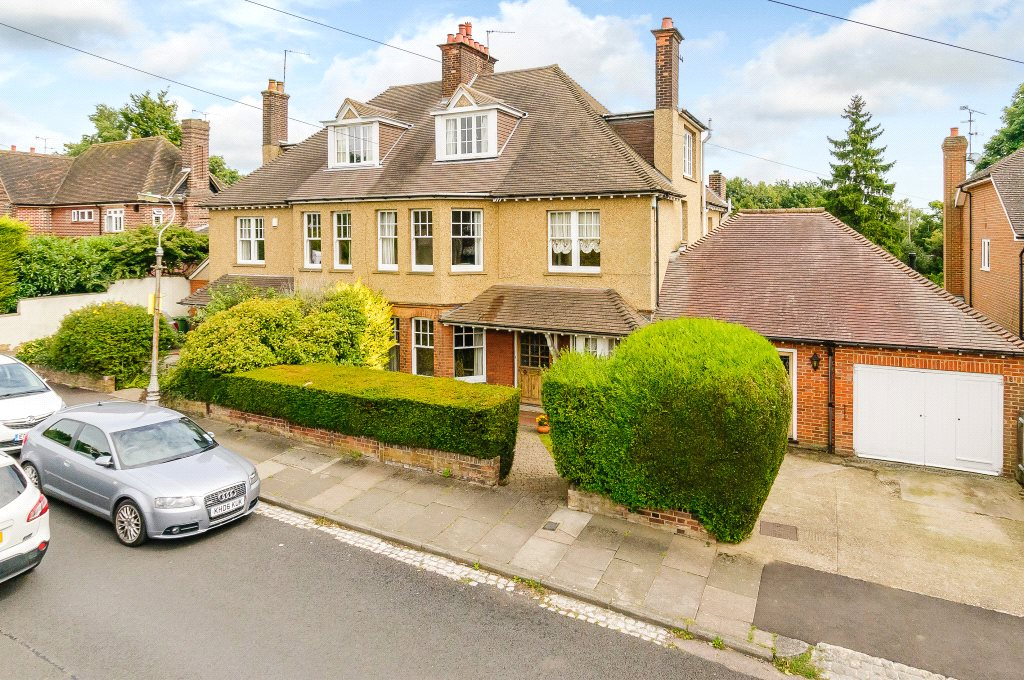 Single Family Home for Sale at Lancaster Road, St. Albans, Hertfordshire, AL1 St Albans, England