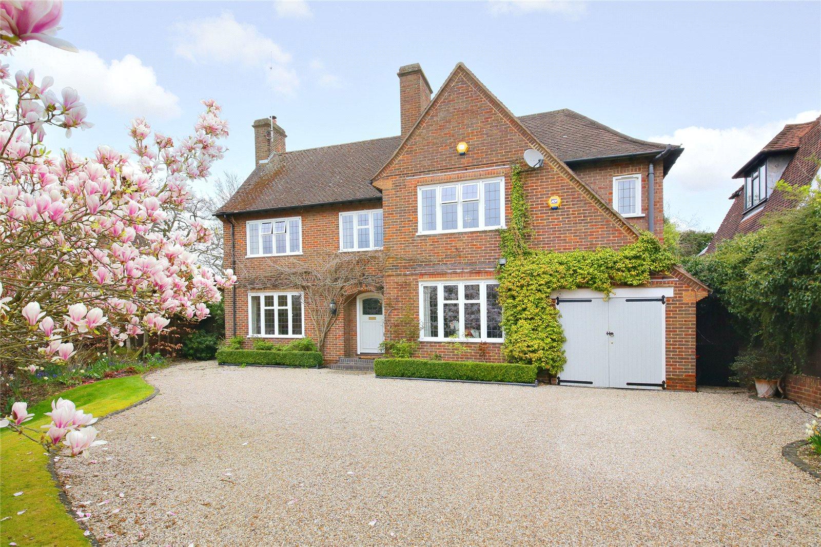 Частный дом для того Продажа на Canons Close, Radlett, Hertfordshire, WD7 Radlett, Англия