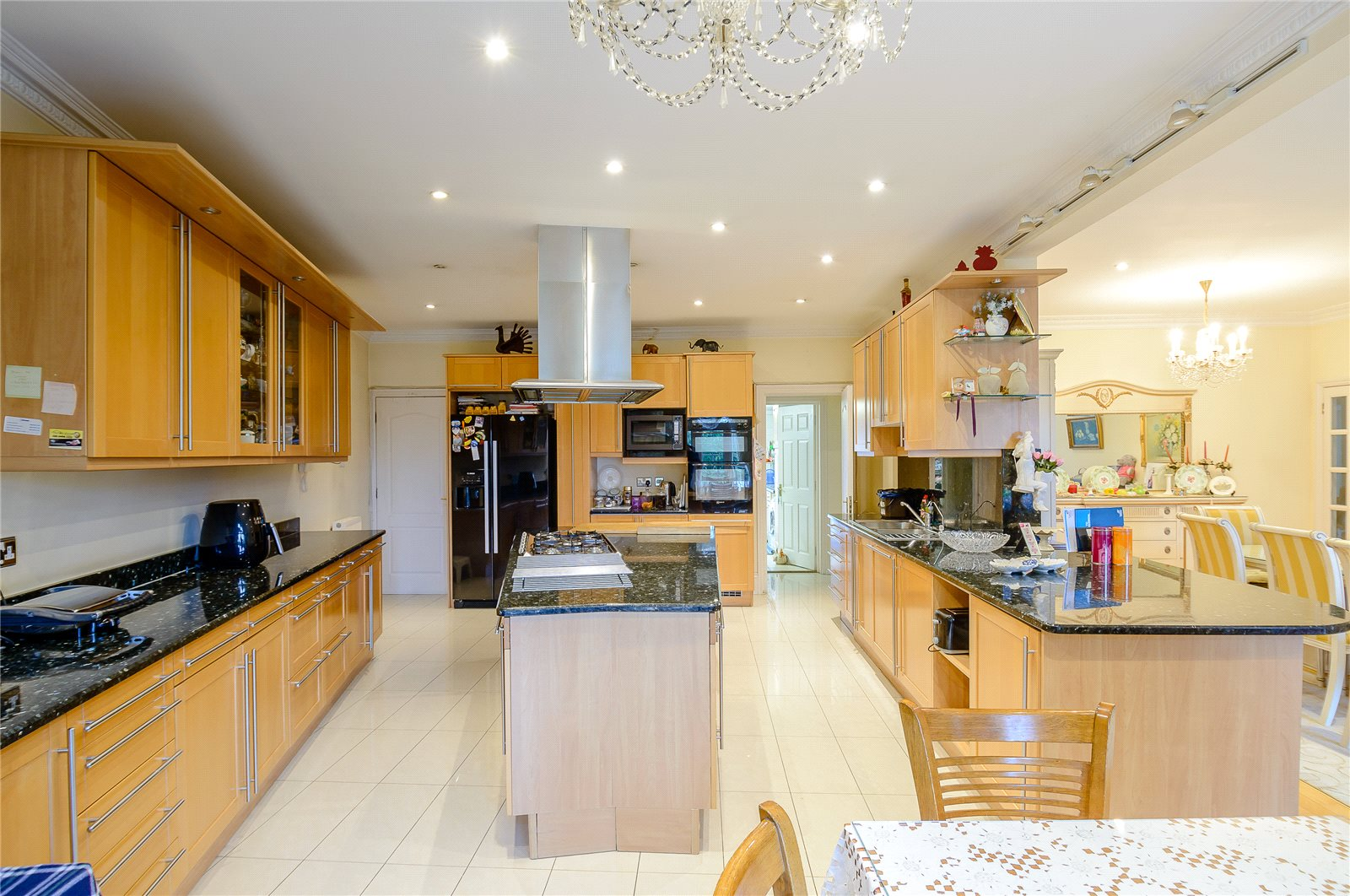 Additional photo for property listing at Barnet Road, Barnet, Hertfordshire, EN5 Barnet, イギリス