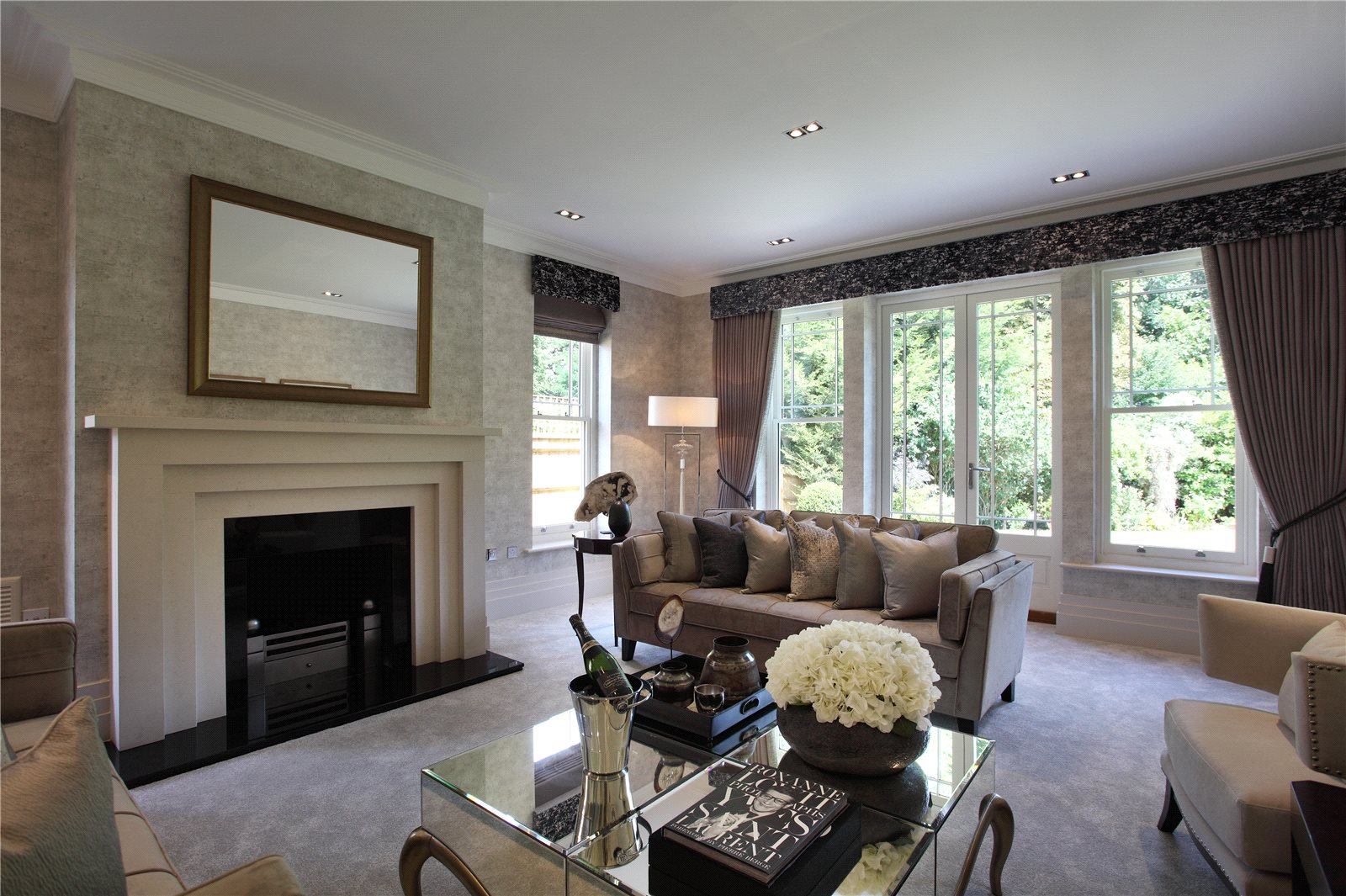 Additional photo for property listing at Imperial Row, Ascot, Berkshire, SL5 Ascot, 英格蘭