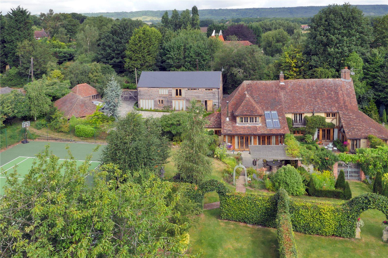 Tek Ailelik Ev için Satış at Mill House Lane, Addington,West Malling, Nr Sevenoaks, Kent, ME19 Kent, Ingiltere