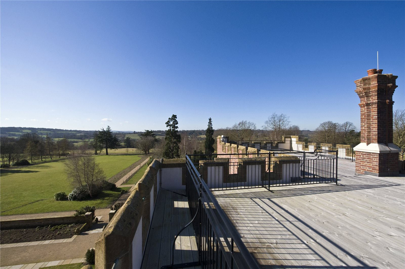 Additional photo for property listing at Swaylands, Penshurst Road, Tonbridge, Kent, TN11 Tonbridge, Inglaterra