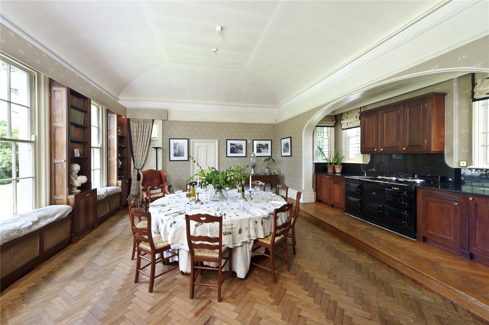 Additional photo for property listing at The Green, Langton Green, Tunbridge Wells, Kent, TN3 Tunbridge Wells, England