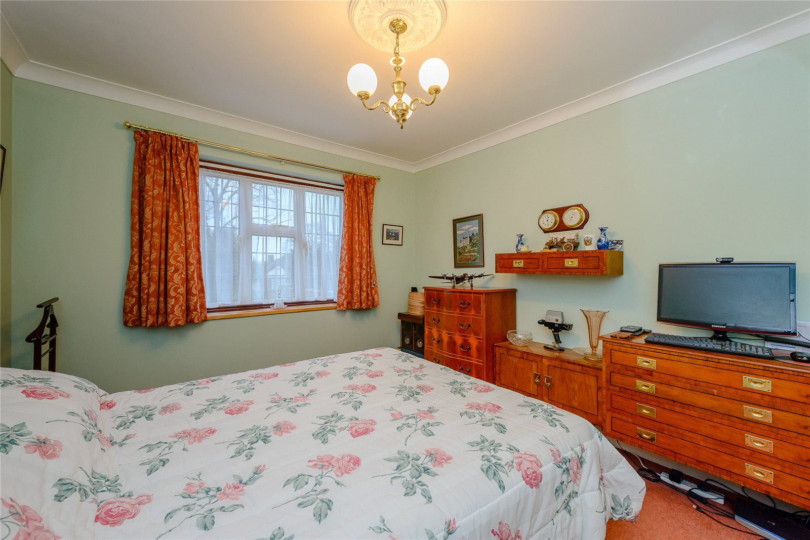 Additional photo for property listing at Park Hill Road, Otford, Sevenoaks, Kent, TN14 Sevenoaks, England