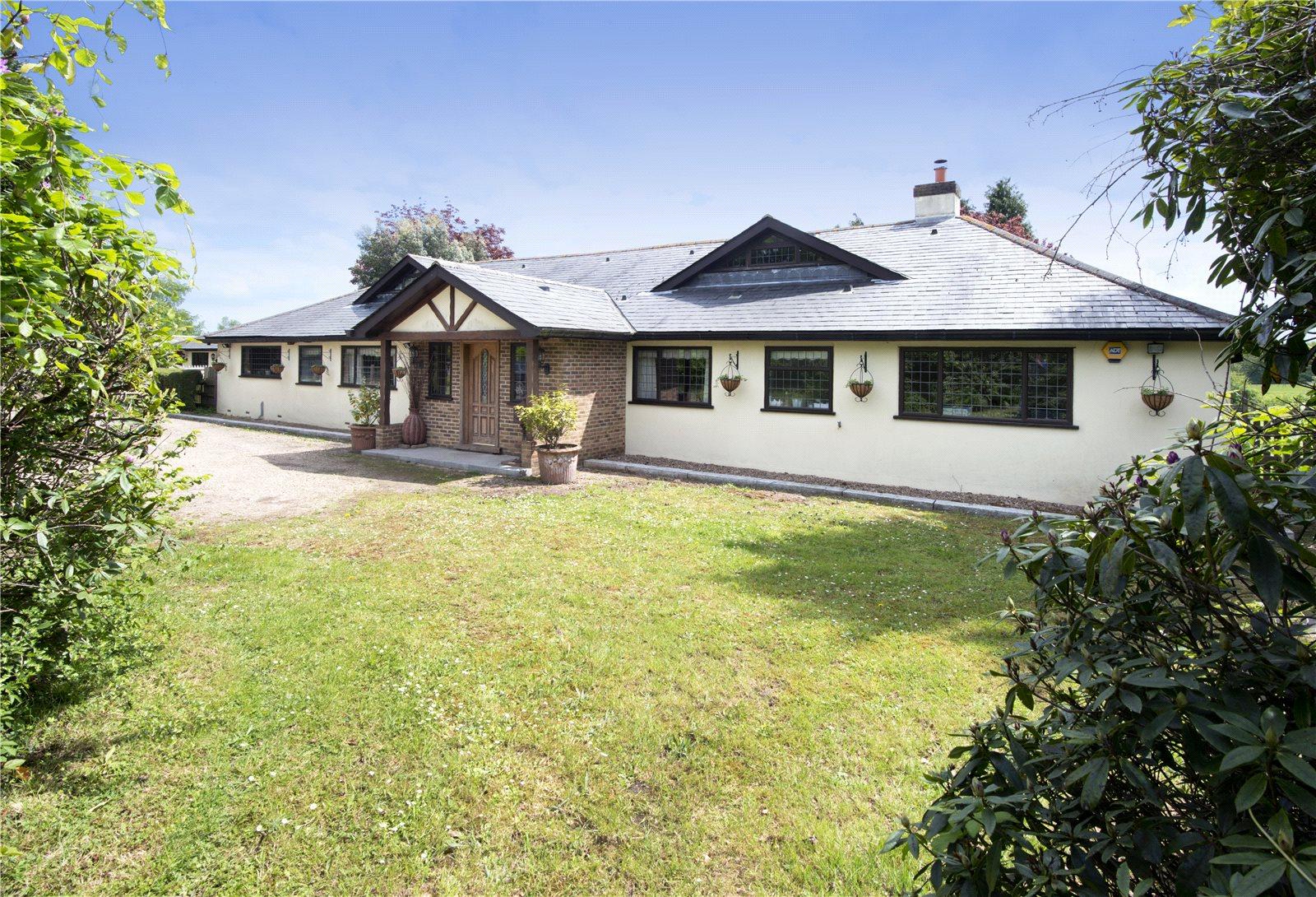 Частный дом для того Продажа на Buckhurst Road, Westerham, Kent, TN16 Westerham, Англия
