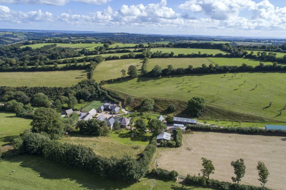 Apartamentos para Venda às Brendon Hills, Taunton, Somerset, TA23 Taunton, Inglaterra