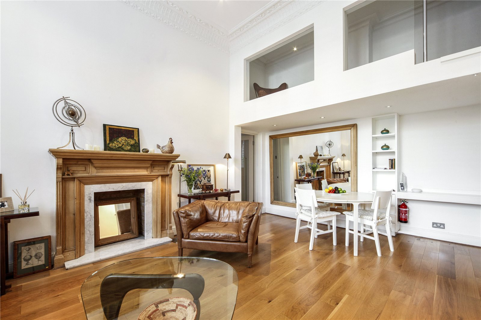 Additional photo for property listing at Cornwall Gardens Court, 47-50 Cornwall Gardens, South Kensington, London, SW7 South Kensington, London, イギリス