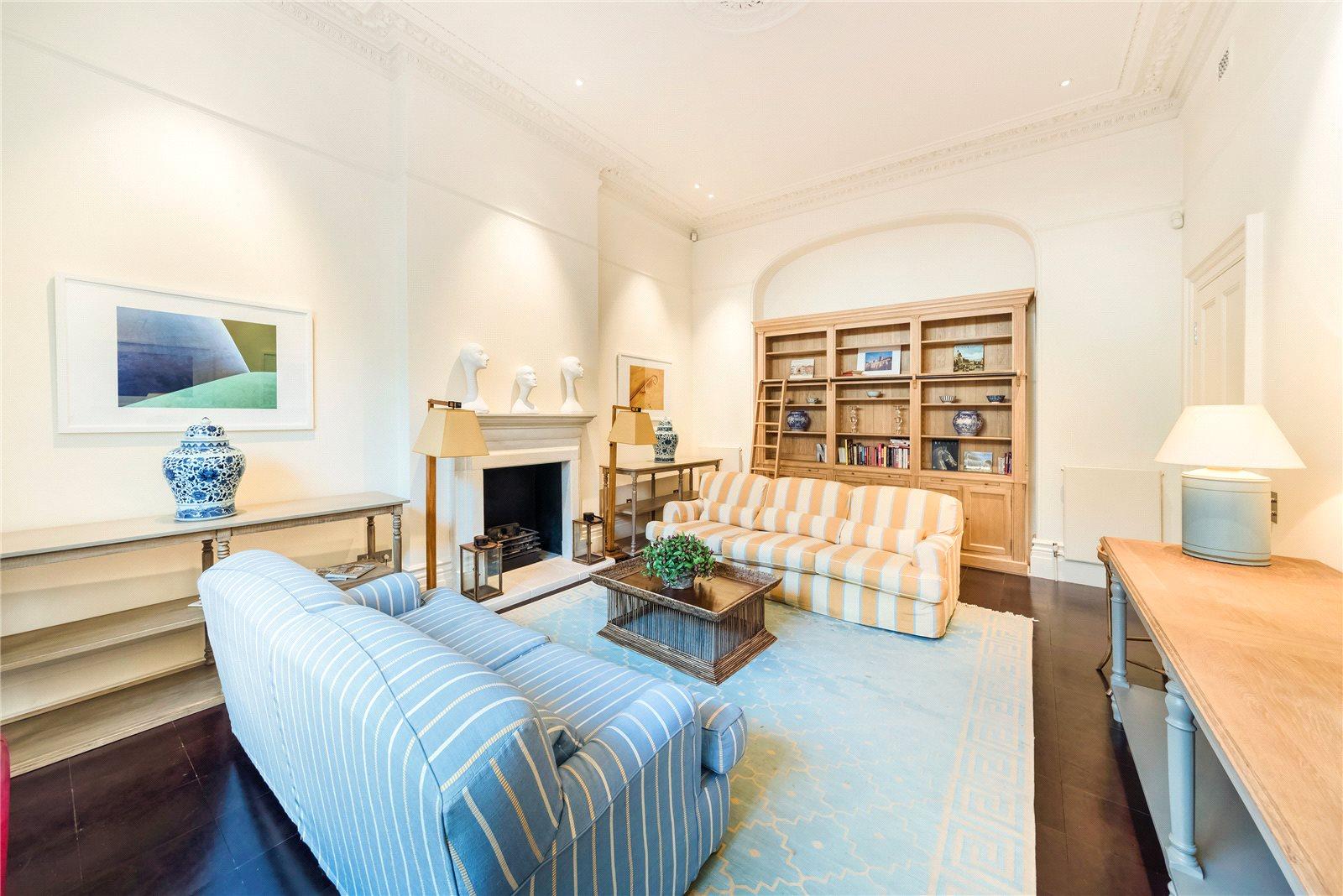 集合住宅 のために 売買 アット Roland Gardens, South Kensington, SW7 South Kensington, イギリス