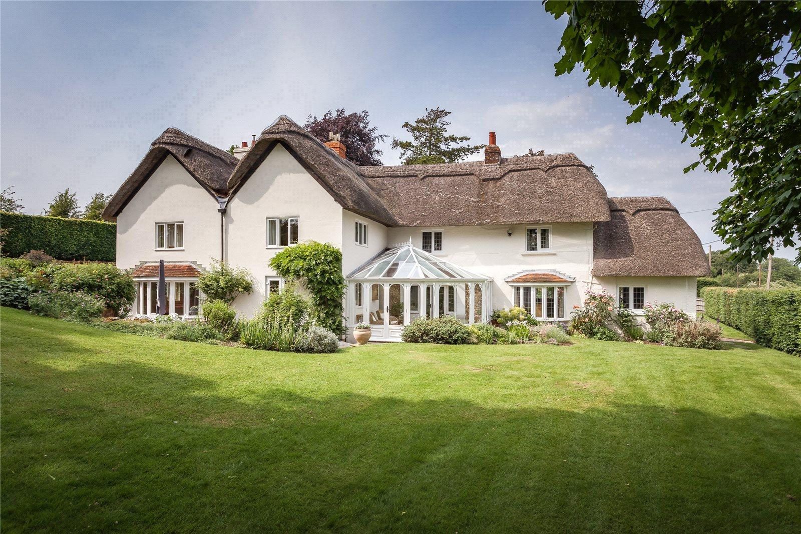 Nhà ở một gia đình vì Bán tại Longstock, Stockbridge, Hampshire, SO20 Stockbridge, Anh Quốc