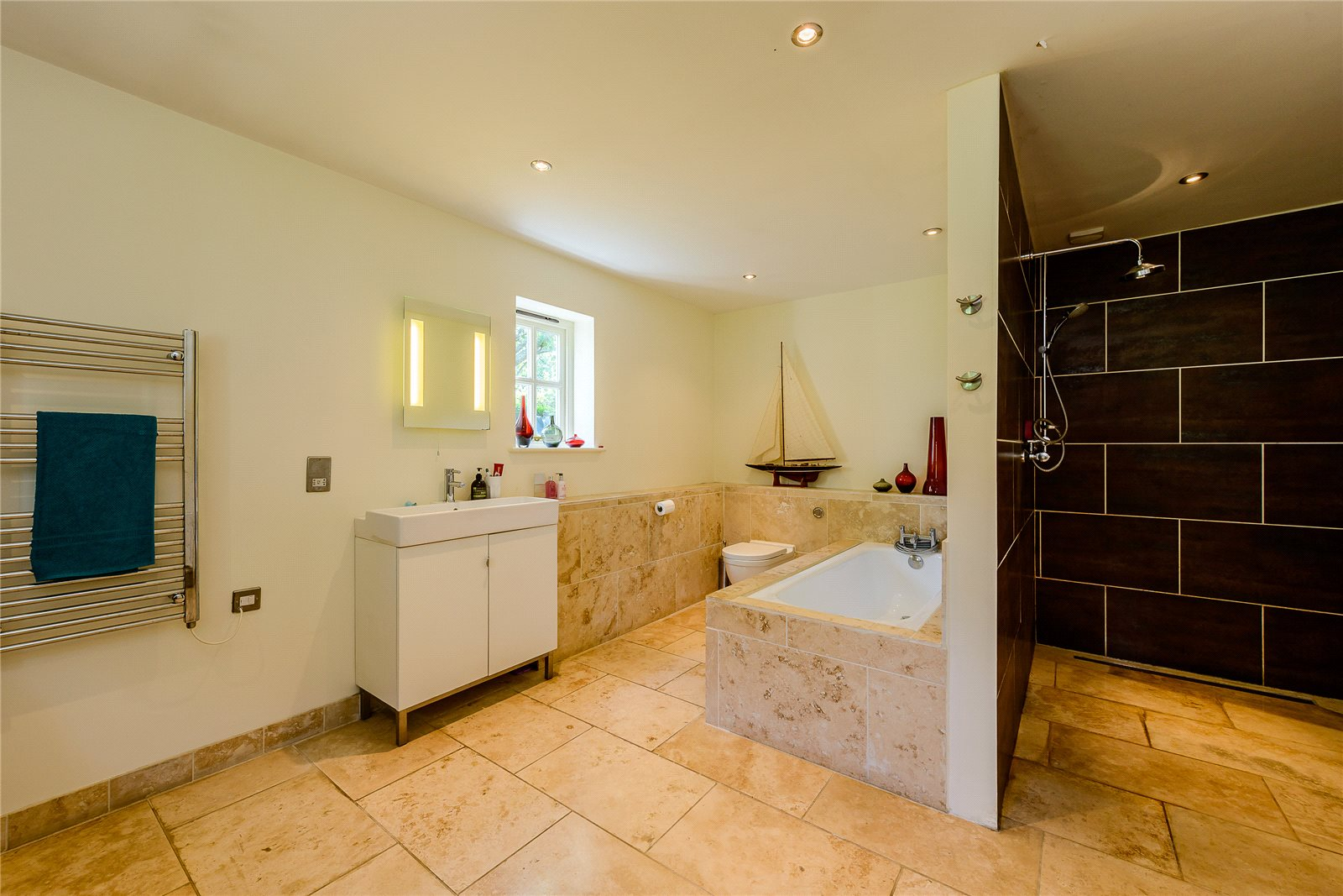 Additional photo for property listing at Well Lane, Swanmore, Hampshire, SO32 Swanmore, Engeland