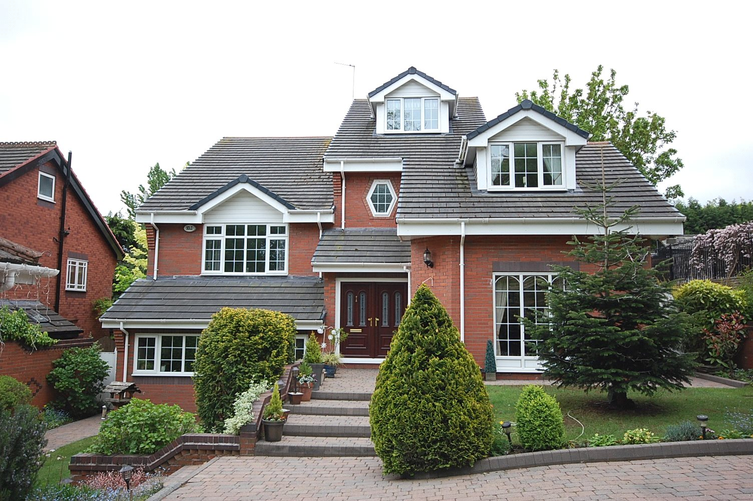6 Bedrooms Detached House for sale in Oakfield Avenue, Gateacre, Liverpool, L25