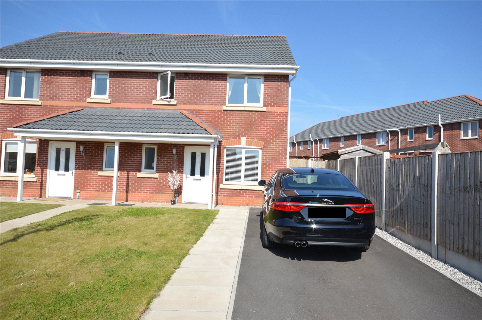 3 Bedrooms Semi Detached House for sale in Otway Close, Garston, Liverpool, L19