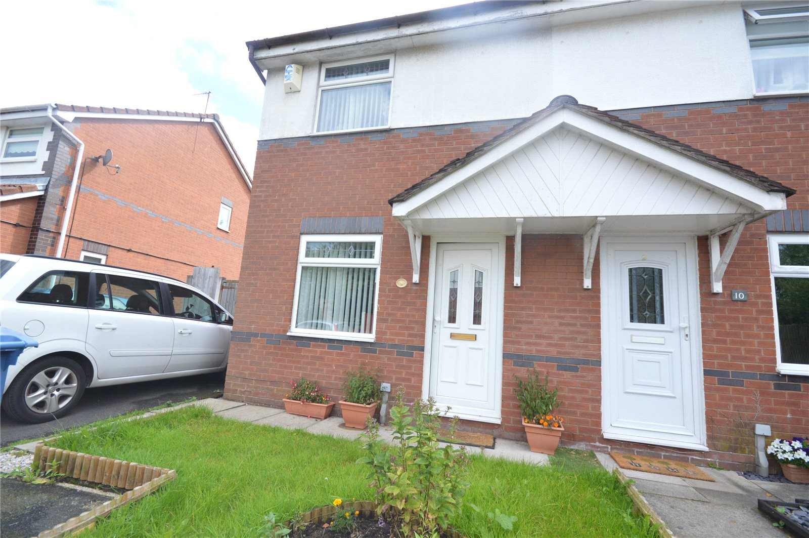 2 Bedrooms Semi Detached House for sale in Tedburn Close, Gateacre, Liverpool, L25
