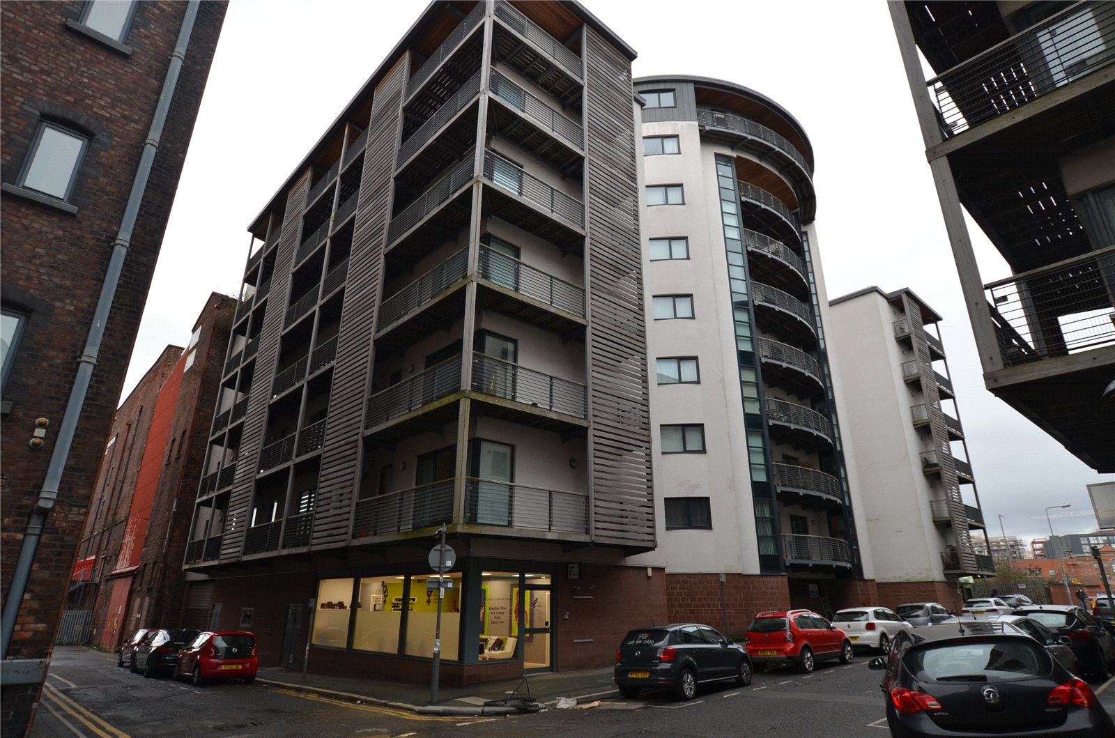 2 Bedrooms Apartment Flat for sale in Chandlers Wharf, 31 Cornhill, Liverpool, L1