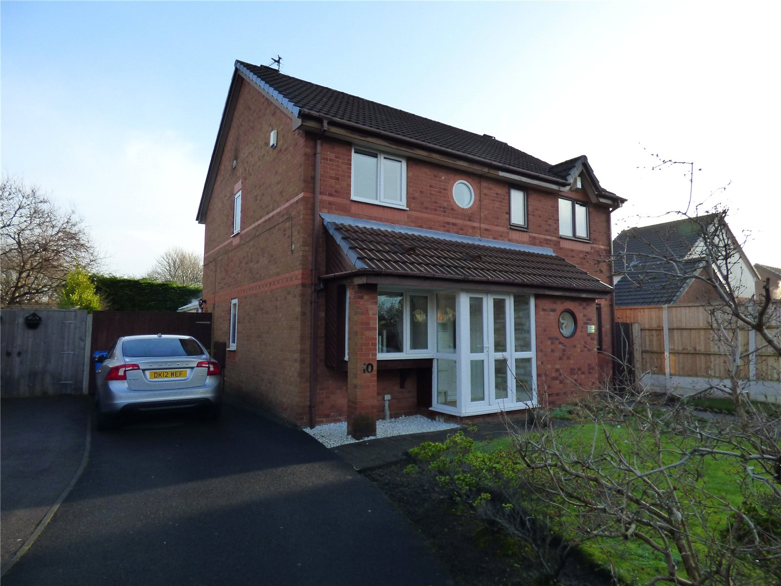 2 Bedrooms Semi Detached House for sale in Kinmel Close, Liverpool, Merseyside, L4