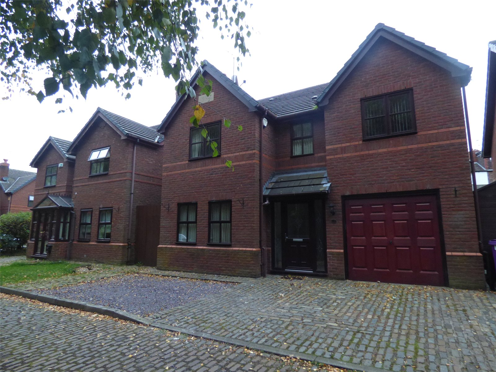 4 Bedrooms Detached House for sale in Birch Tree Court, Liverpool, Merseyside, L12