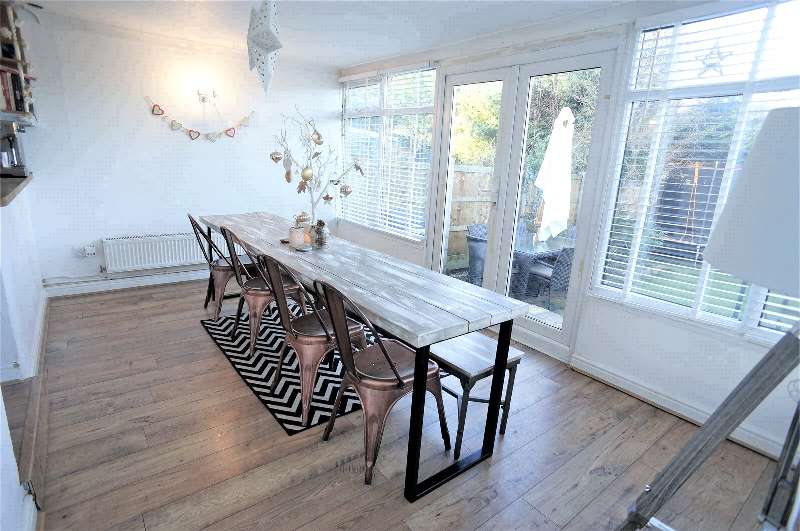 3 Bedrooms Semi Detached House for sale in Woodview Rise, Strood, Rochester, Kent, ME2