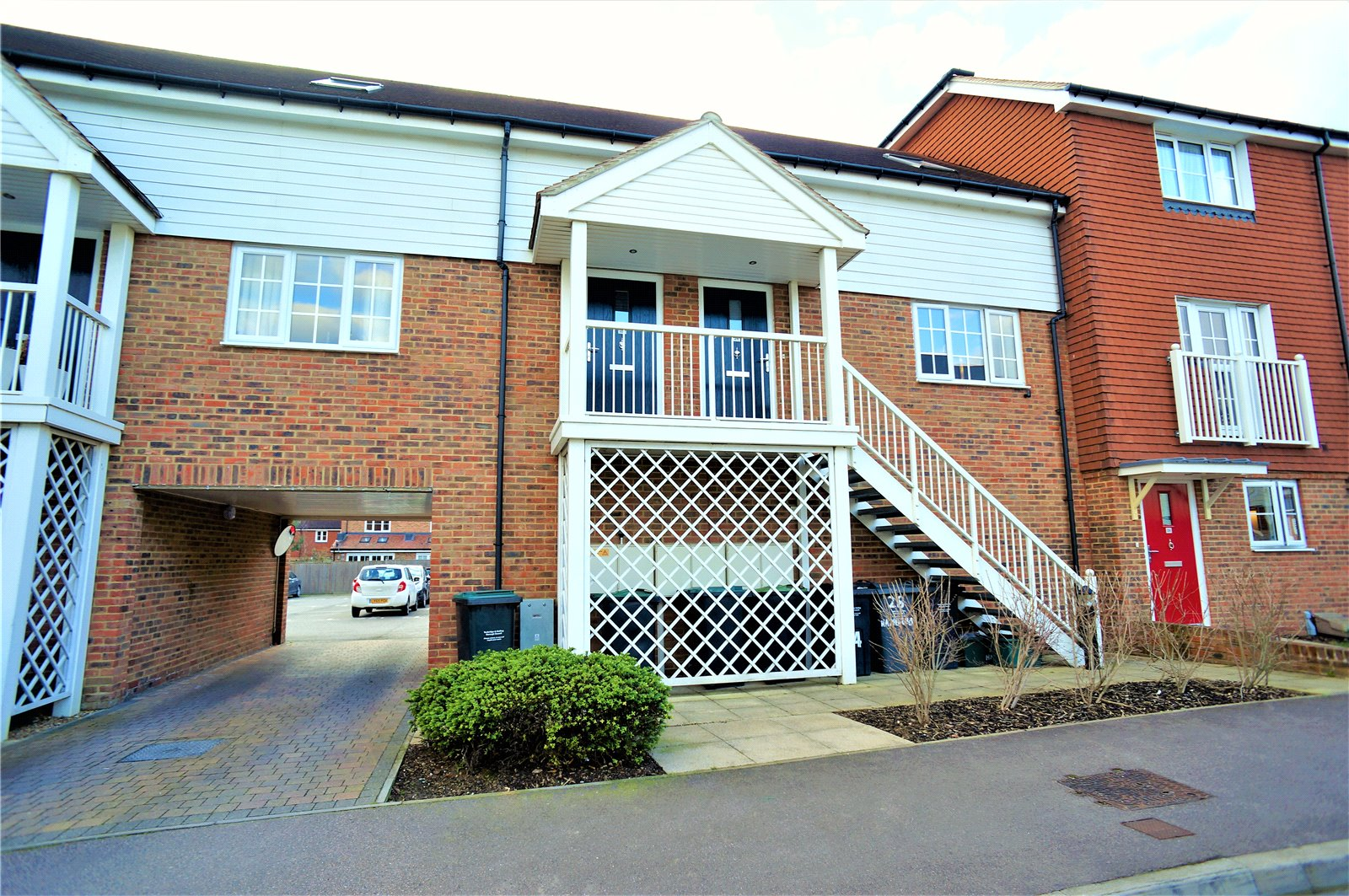 1 Bedroom Maisonette Flat for sale in Hambrook Road, Snodland, ME6