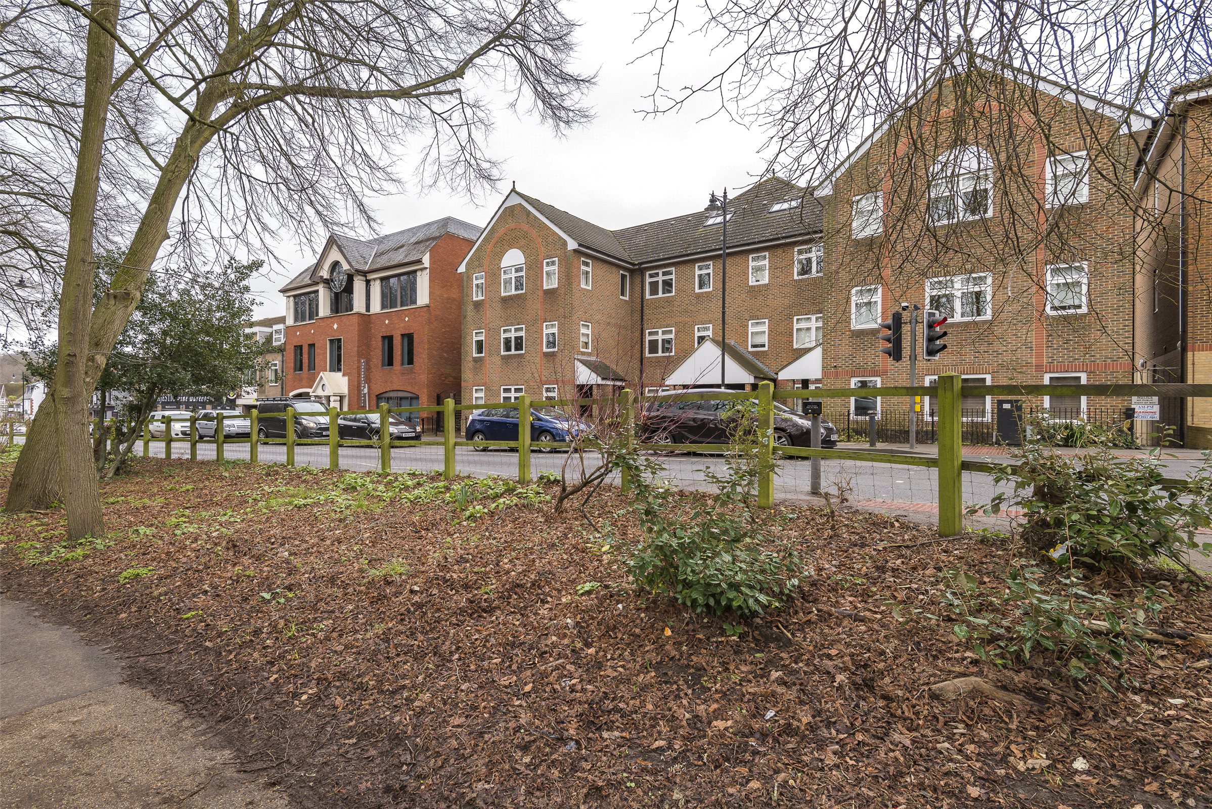 1 Bedroom Flat for sale in Liberty Court, Bell Street, Reigate, Surrey, RH2