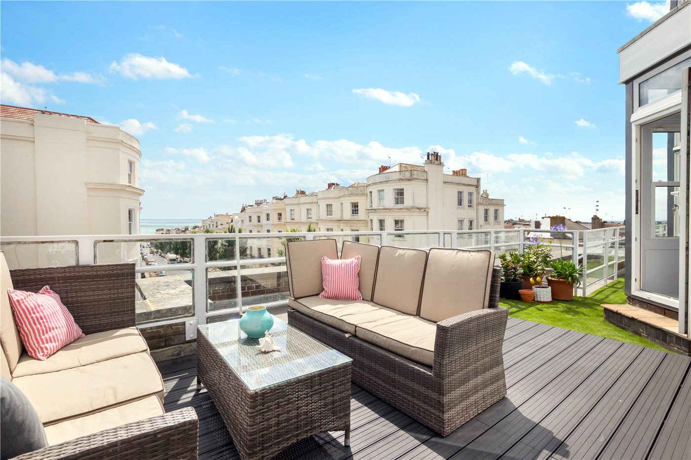 3 Bedrooms Penthouse Flat for sale in Somerhill Lodge, Hove, East Sussex, BN3