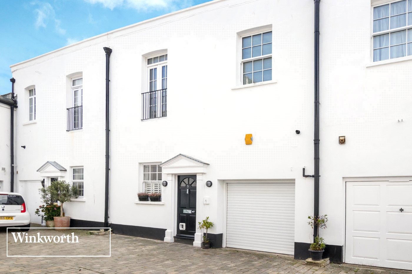 3 Bedrooms Terraced House for sale in Marine Terrace Mews, Brighton, East Sussex, BN2