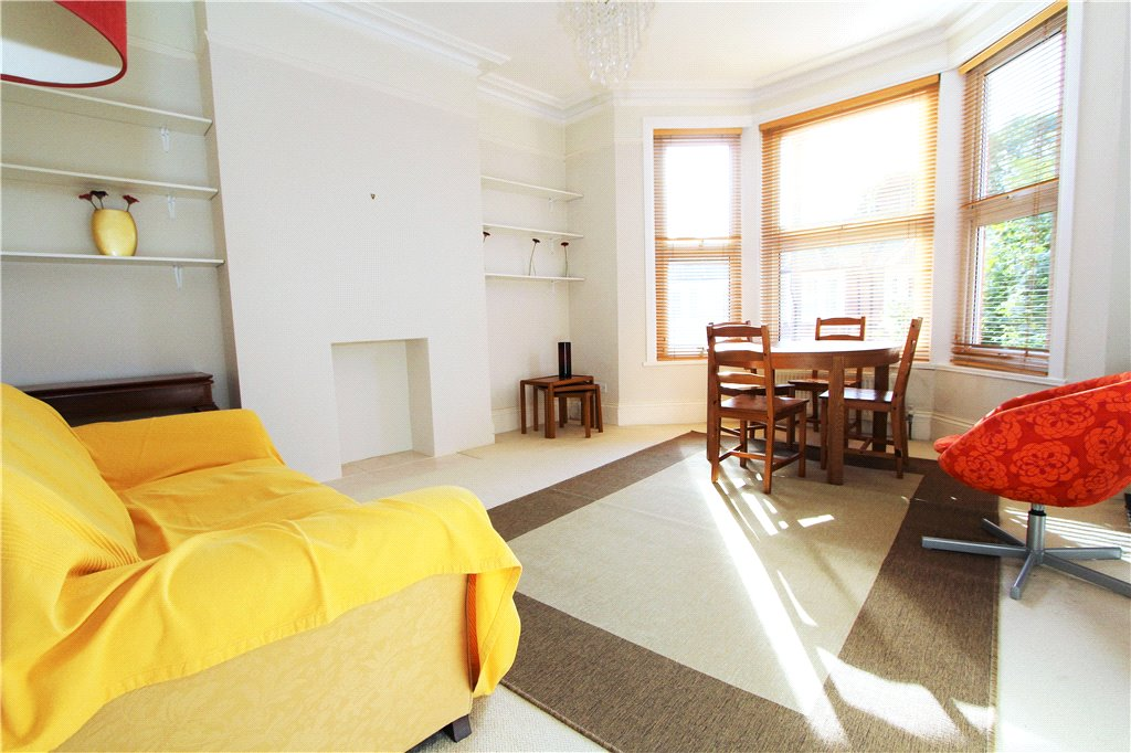 2 Bedrooms Flat for sale in Shalimar Road, Acton, London, W3