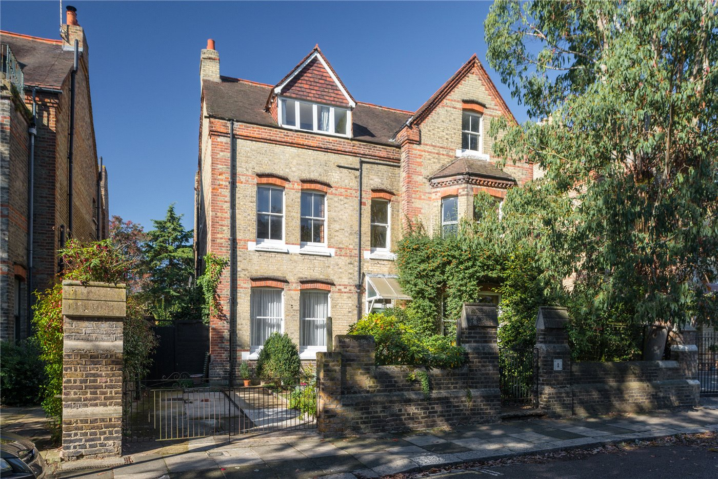 8 Bedrooms Detached House for sale in Grange Park, London, W5