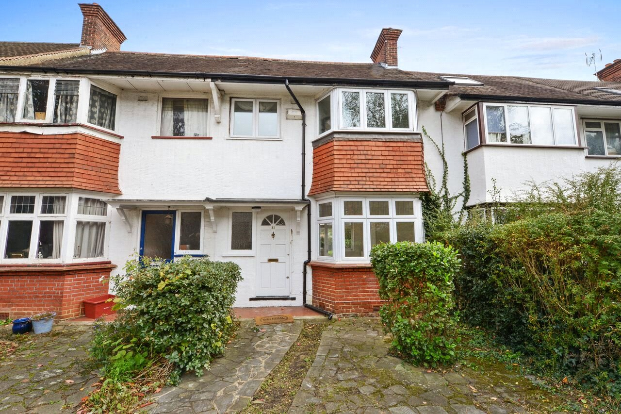 3 Bedrooms Terraced House for sale in Park Drive, London, W3