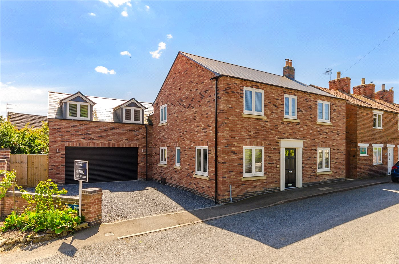 4 Bedrooms Detached House for rent in Casthorpe Road, Barrowby, Grantham, NG32