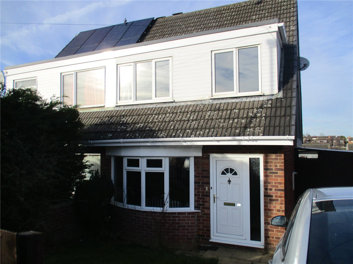 3 Bedrooms Semi Detached House for sale in Valley Road, Grantham, NG31