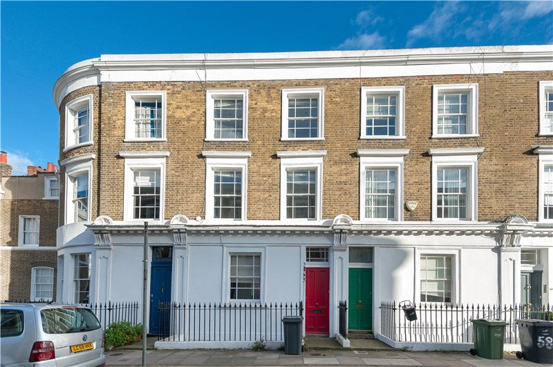 2 Bedrooms Flat for sale in Hanover Gardens, Oval, London, SE11