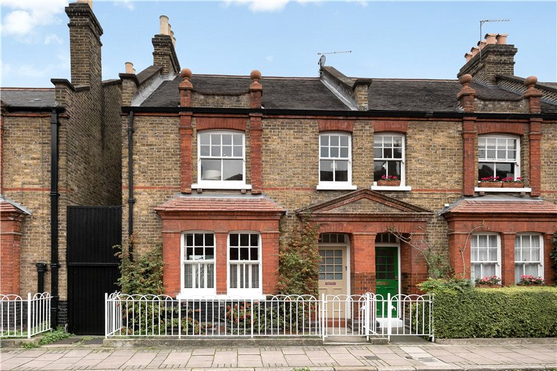 3 Bedrooms End Of Terrace House for sale in Courtenay Street, Kennington, London, SE11